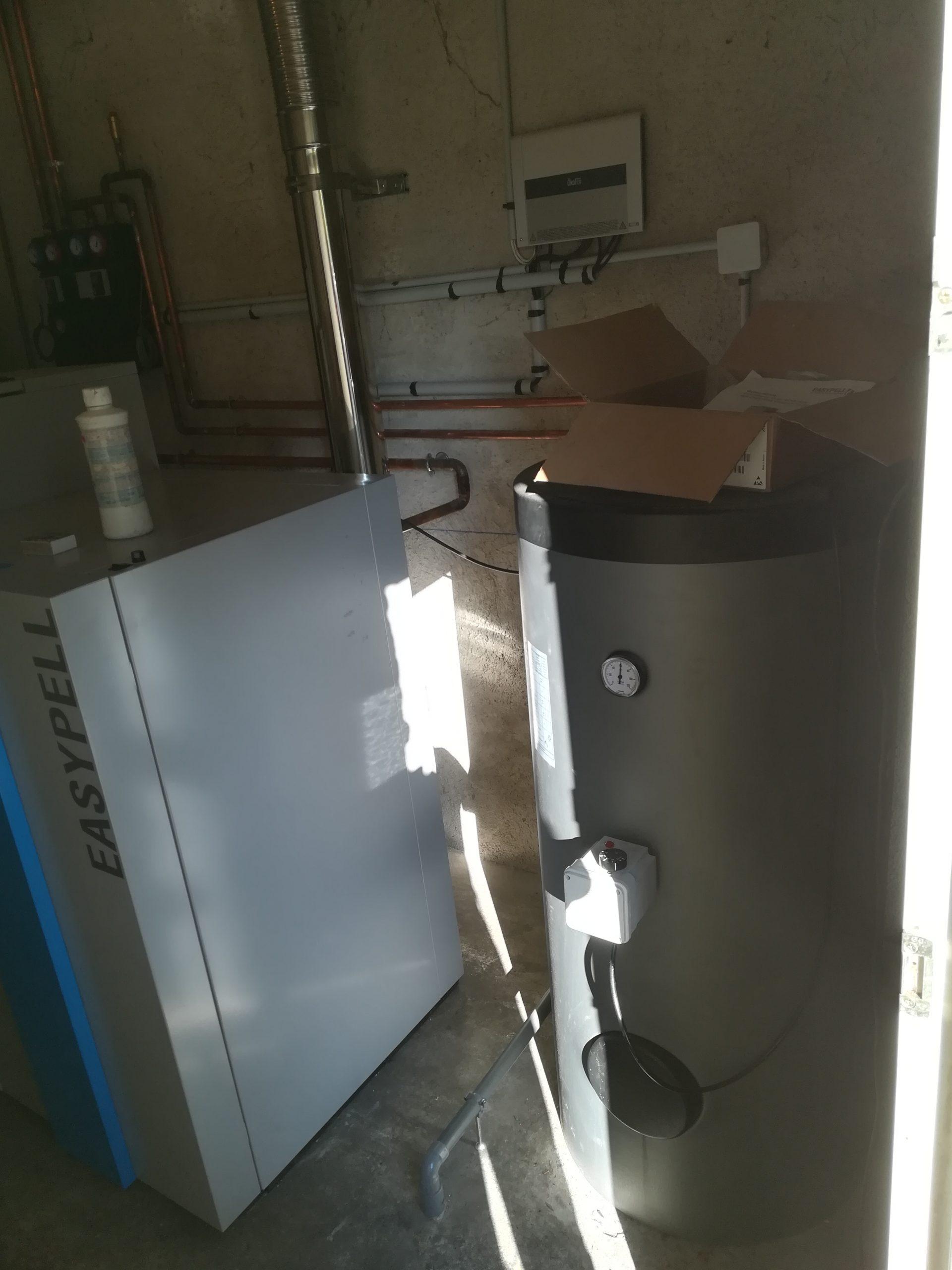 Chaudière à granulés Easypell scaled - Galerie Chauffage / Plomberie