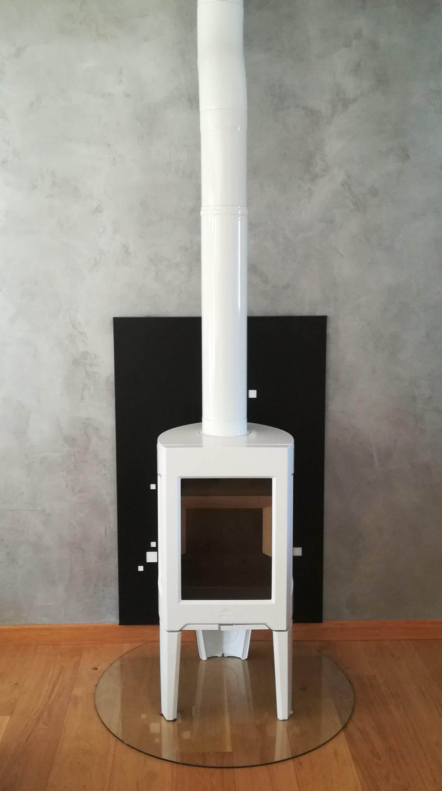 Poêle à bois 2 scaled - Galerie Chauffage / Plomberie