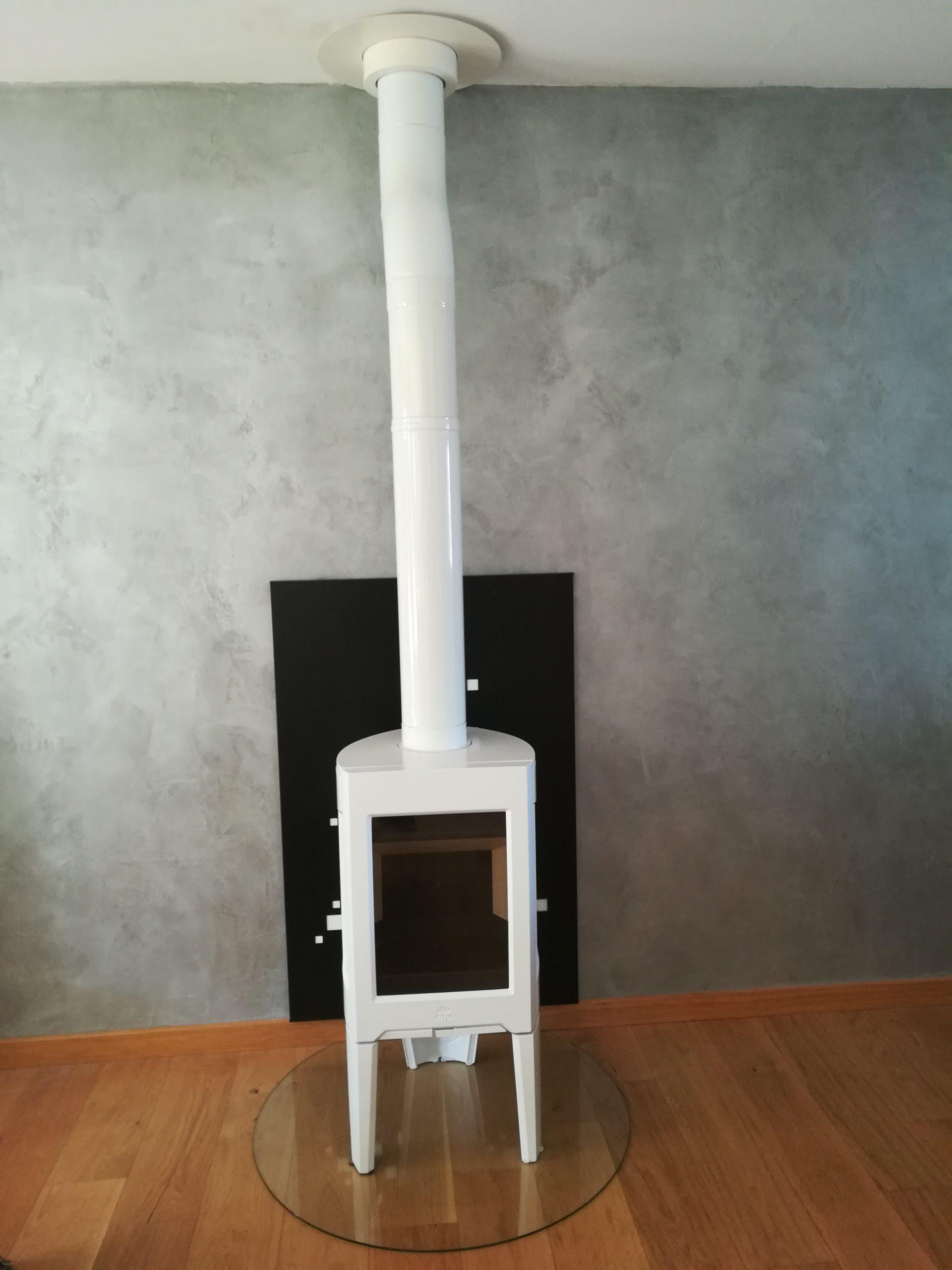 Poêle à bois scaled - Galerie Chauffage / Plomberie