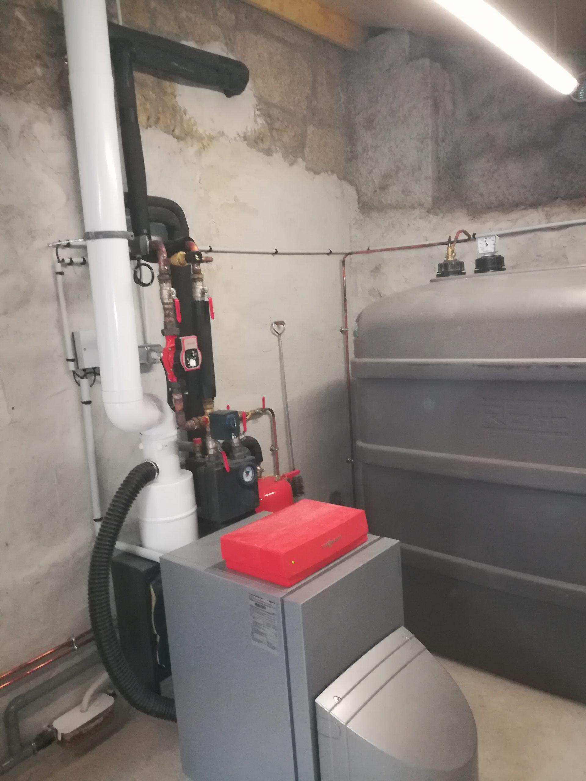 maintenance chaudière en creuse scaled - Galerie Chauffage / Plomberie