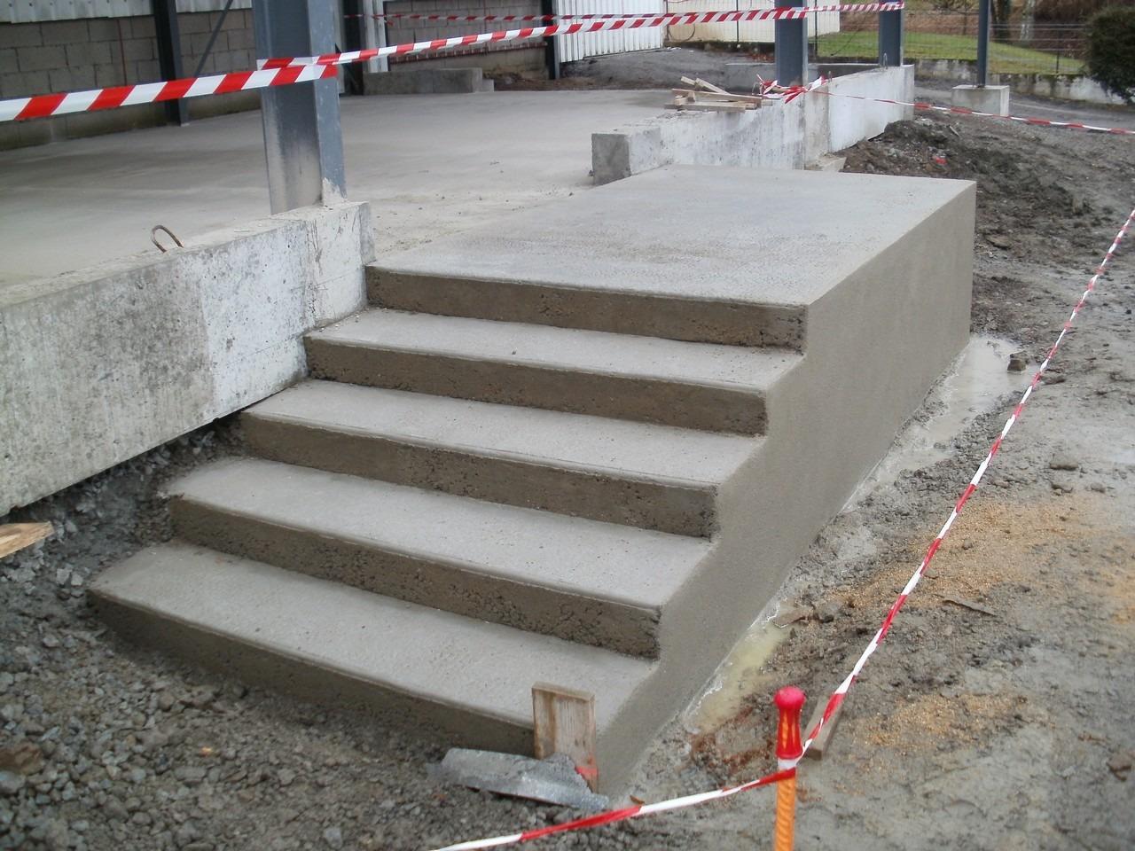 escalier maçonnerie et construction en creuse guéret aubusson bonnat - Terrassement / VRD