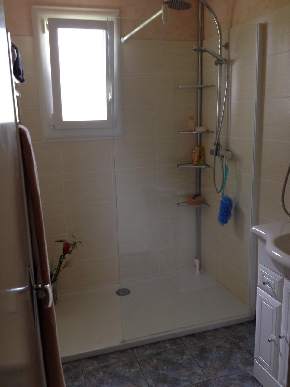 salle de bain legros - Chauffage / Plomberie / Électricité
